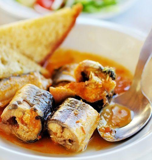 Deliciosa receta de all i pebre, plato típico Valenciano con anguila