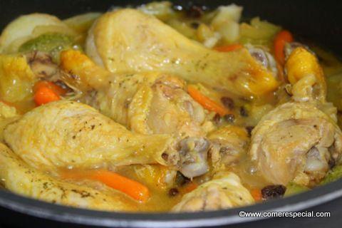 Fácil receta de guiso de pollo con verduras
