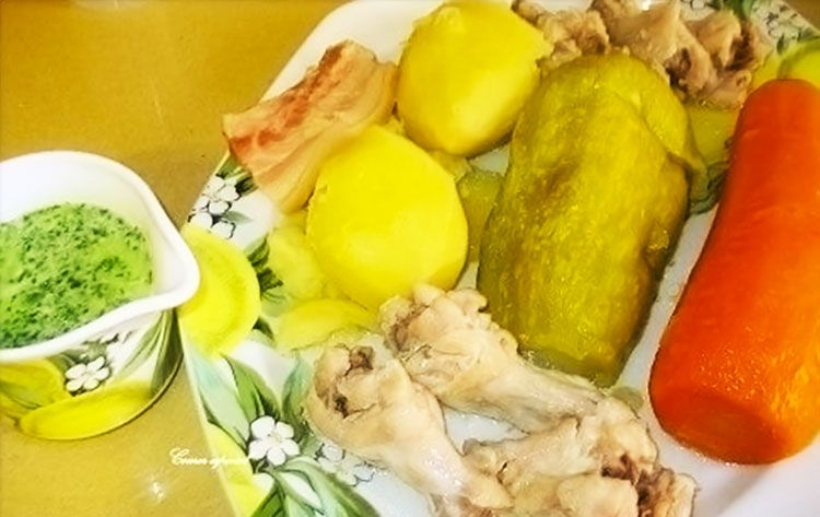 Exquisito guiso de jamoncitos de pollo con verduras y gofio