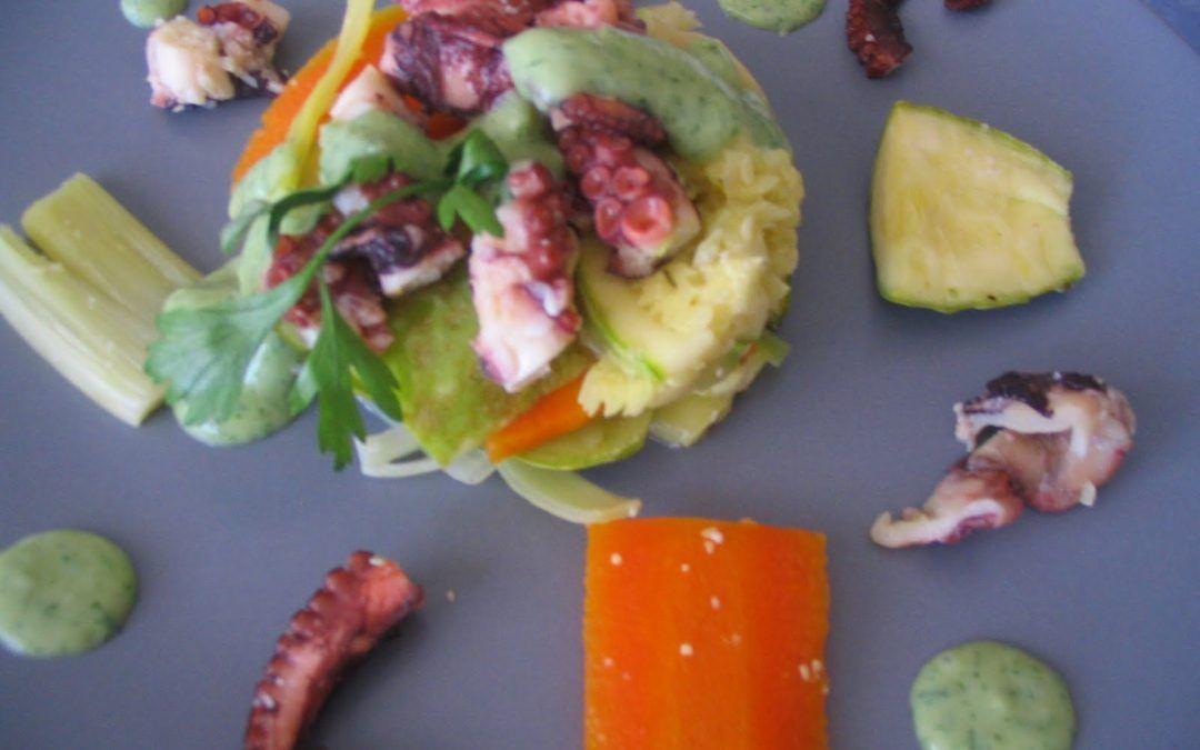 Ensalada de verduras y pulpo