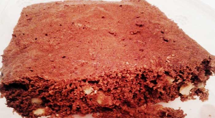 Brownie de chocolate en microondas, rápido y fácil