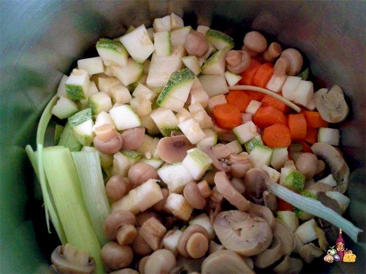 Preparación fácil de estofado de muslos de pollo