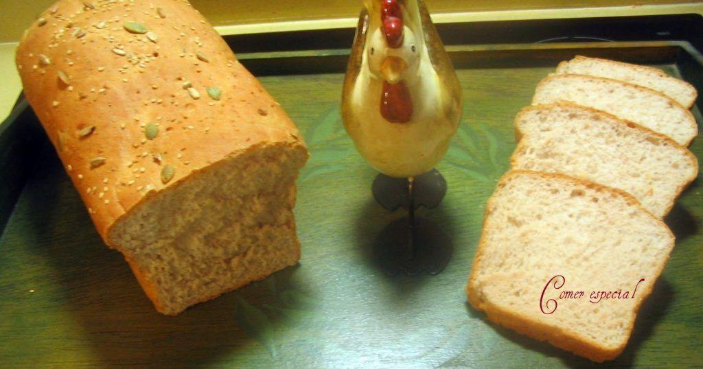 Pan de molde casero con semillas y cerveza