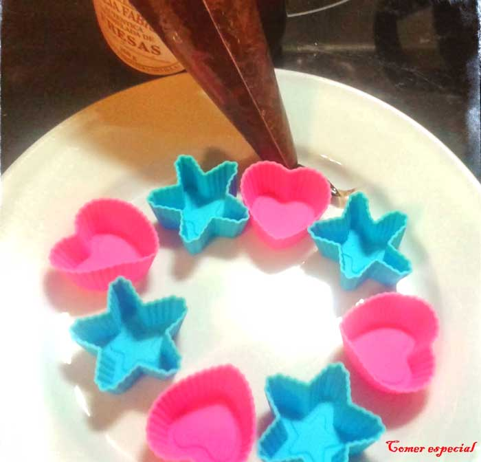 Moldes para hacer bombones de chocolate sin lactosa
