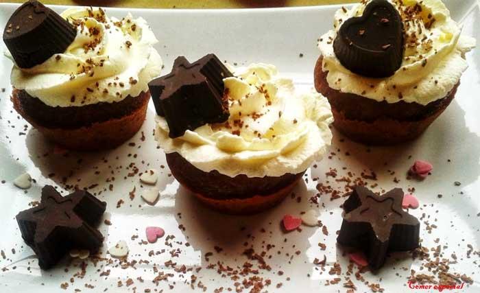Bombones de chocolate sin lactosa para decorar postres