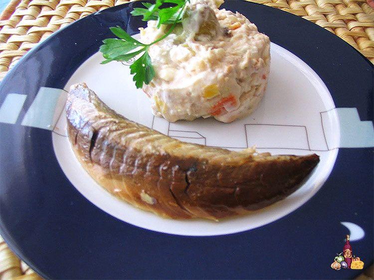 Ensaladilla rusa casera con mayonesa sin lactosa