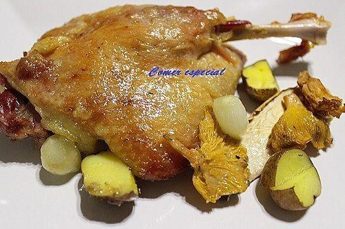 Receta de confit de pato al horno con salsa de frutos del bosque y setas