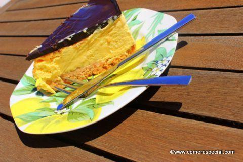 Riquísima tarta de helado de vainilla sin horno y sin lactosa