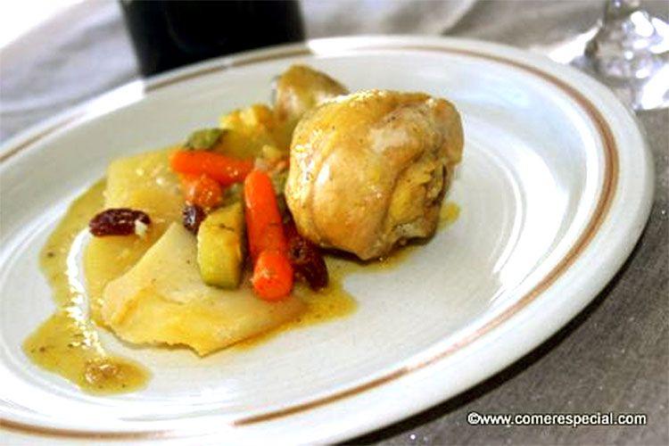Receta de pollo en salsa con pasas