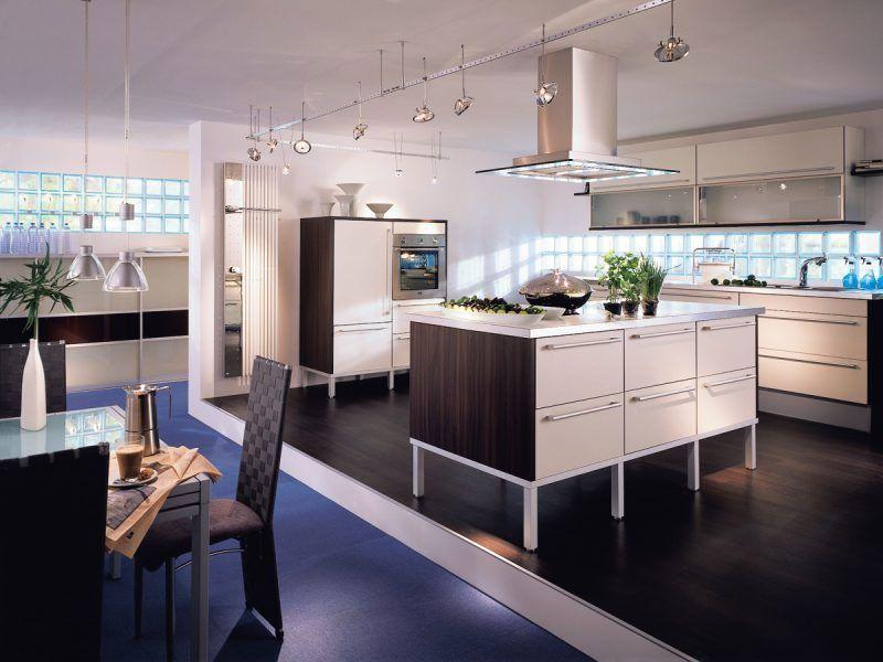 Nuevos diseños que dan vida a tu cocina con bloques de vidrio